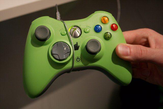 ss preview 360controller.jpg - Nuovo controller per Xbox360 in arrivo a Ottobre