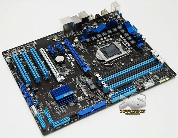 Asus P7P55 PRO board 01 - ASUS rilascia alcune immagini della P7P55 PRO, la prima con chipset P55