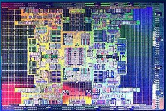 Tukwila die shot - Intel Itanium: disponibili i primi processori Tukwila