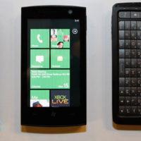 Windows_Phone_7_Series_trio_MIX_01