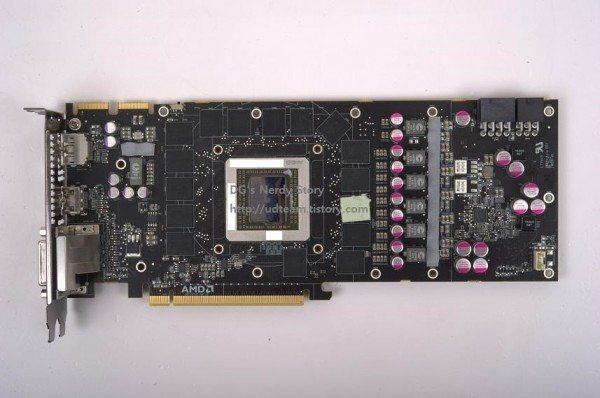 r9 290x1 600x398 - Prime immagini e nuovi benchmark per la Radeon R9-290X